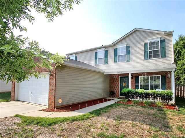 15728 Circlegreen Drive, Charlotte, NC 28273 (#3398188) :: Stephen Cooley Real Estate Group