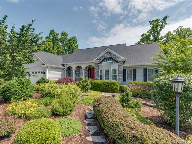 2318 Pommel Road, Hendersonville, NC 28791 (#3398326) :: LePage Johnson Realty Group, LLC