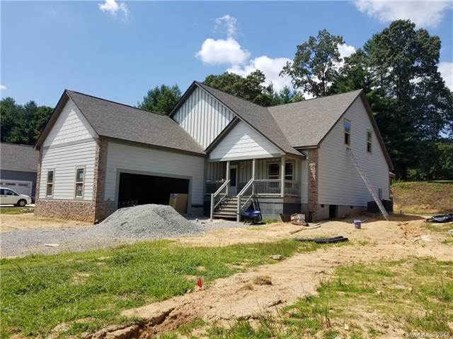 61 Triple Fairways Drive #26, Hendersonville, NC 28739 (#3399654) :: Caulder Realty and Land Co.