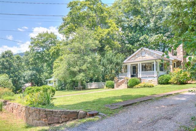 702 9th Street, Black Mountain, NC 28711 (#3399981) :: RE/MAX Metrolina