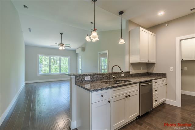 124 Foxden Drive #302, Fletcher, NC 28732 (#3400754) :: MartinGroup Properties