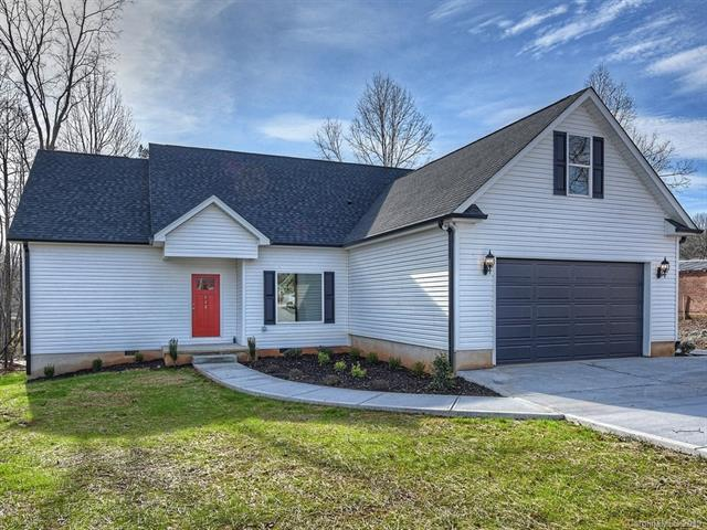 512 S Main Street, Troutman, NC 28166 (#3401695) :: LePage Johnson Realty Group, LLC