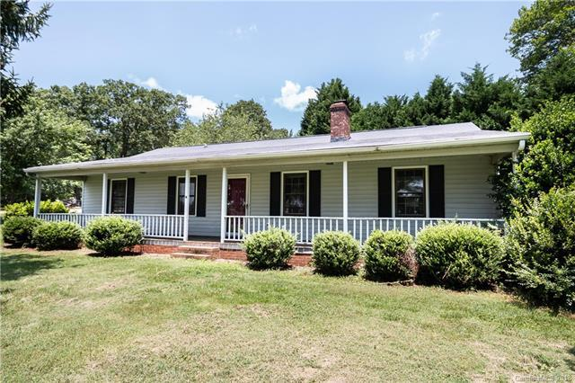 3260 Lee Lawing Road, Lincolnton, NC 28092 (#3402311) :: Besecker Homes Team
