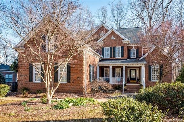 916 Thorn Ridge Lane, Lake Wylie, SC 29710 (#3402478) :: Miller Realty Group