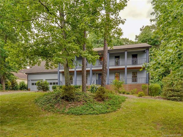 6215 Dougherty Drive, Charlotte, NC 28213 (#3402515) :: The Ramsey Group