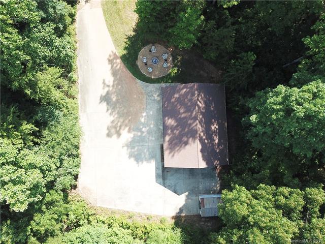 135 Hobbs Lane #2, Mooresville, NC 28115 (#3405234) :: LePage Johnson Realty Group, LLC