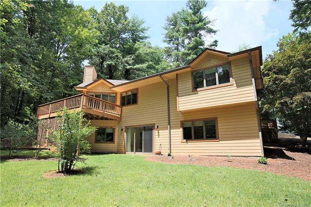 35 Mountain Lake Drive, Hendersonville, NC 28739 (#3405903) :: Rinehart Realty