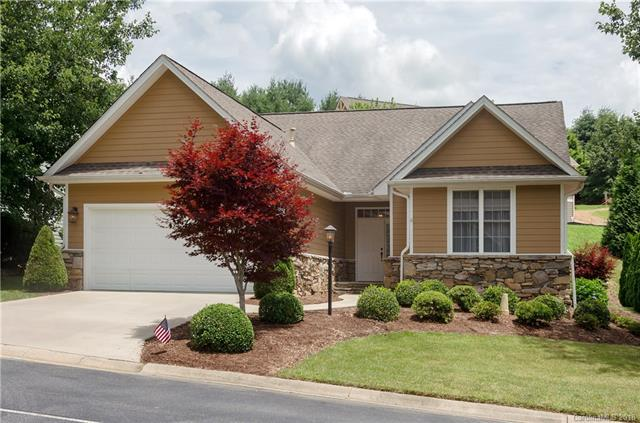 39 Whistlewood Lane #16, Hendersonville, NC 28739 (#3406179) :: Exit Mountain Realty