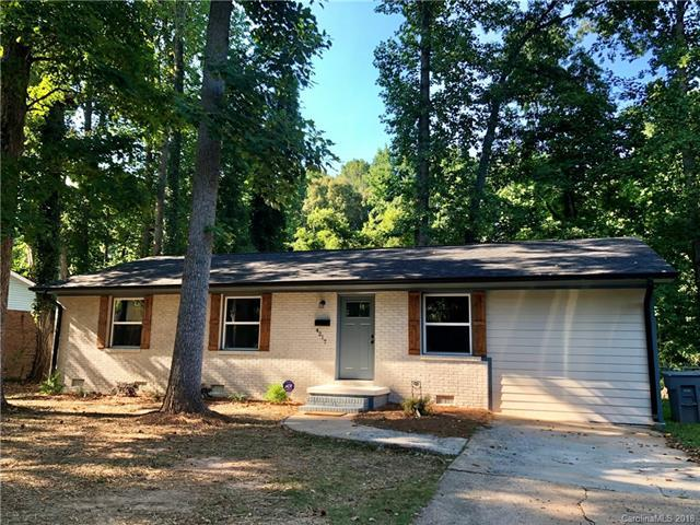 4217 Dunwoody Drive, Charlotte, NC 28215 (#3406322) :: Caulder Realty and Land Co.