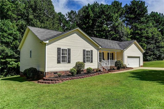 3416 Mooring Place, Sherrills Ford, NC 28673 (#3408185) :: Besecker Homes Team