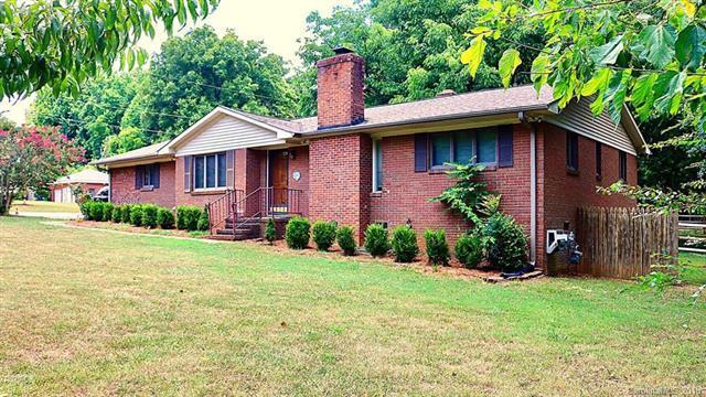 401 Owen Boulevard, Charlotte, NC 28213 (#3409097) :: The Ramsey Group