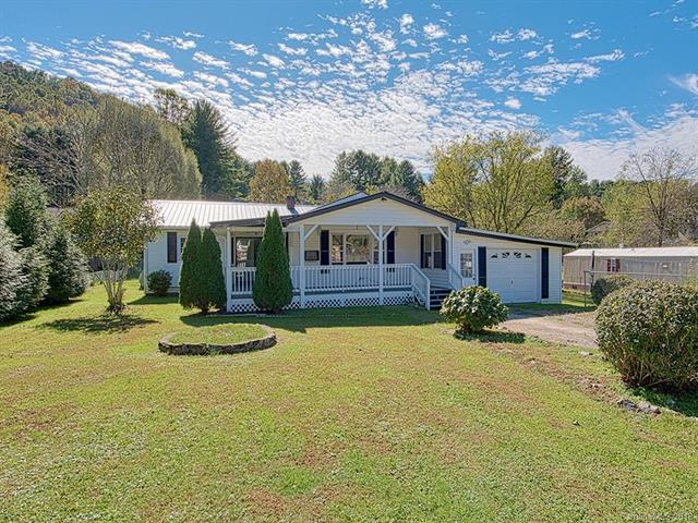 110 Children Street, Waynesville, NC 28786 (#3409320) :: Exit Mountain Realty
