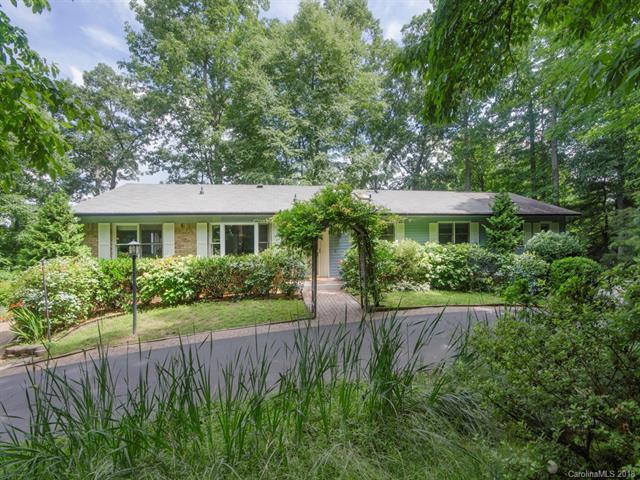 525 Starmount Lane, Hendersonville, NC 28791 (#3410681) :: Robert Greene Real Estate, Inc.