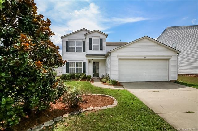 9838 Bayview Parkway, Charlotte, NC 28216 (#3410720) :: High Performance Real Estate Advisors