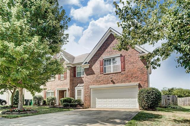 4042 Sawmill Trace Drive, Charlotte, NC 28213 (#3410873) :: The Elite Group
