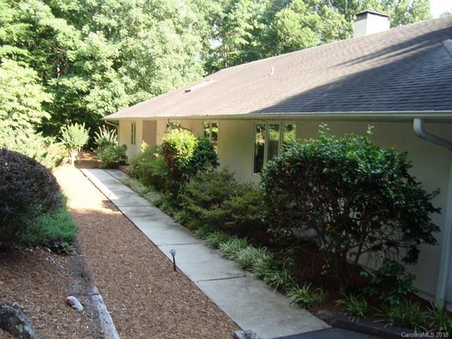 77 Brookwood Drive, Tryon, NC 28782 (#3411567) :: Puffer Properties