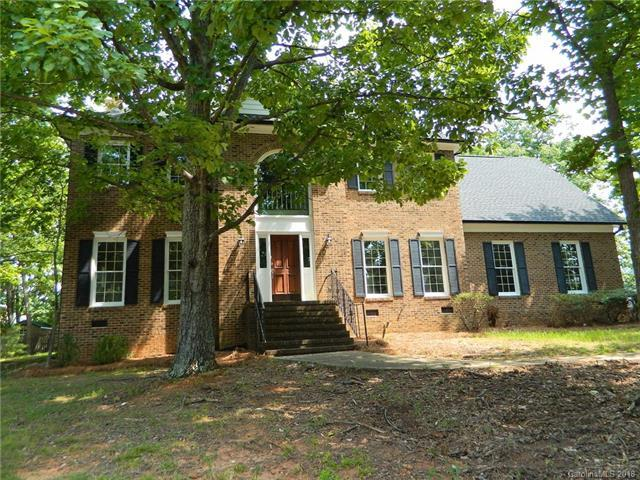 4709 Hightimbers Court, Charlotte, NC 28215 (#3412043) :: Exit Mountain Realty