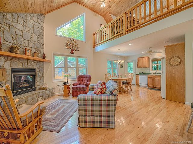 185 Cripple Creek Drive, Waynesville, NC 28785 (#3412485) :: Stephen Cooley Real Estate Group
