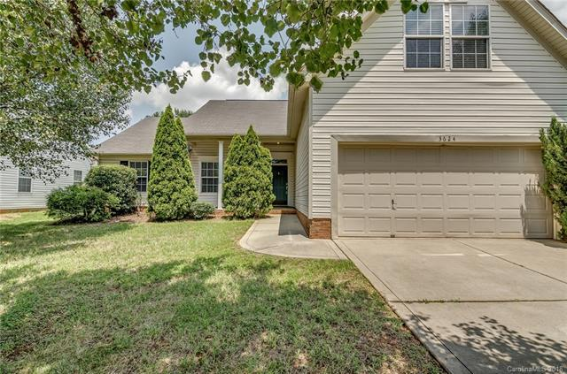3624 Croft Haven Drive, Charlotte, NC 28269 (#3412686) :: Exit Mountain Realty