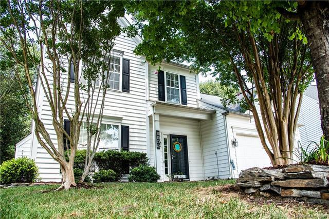 8802 Baffin Court, Charlotte, NC 28269 (#3412964) :: Odell Realty Group