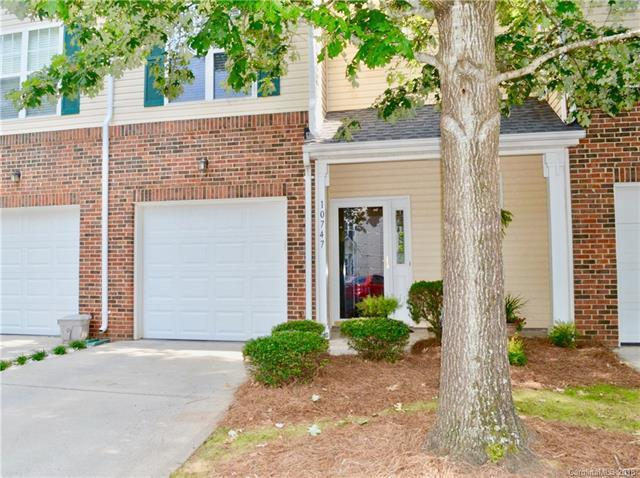 10747 Essex Hall Drive #81, Charlotte, NC 28277 (#3413426) :: The Ann Rudd Group