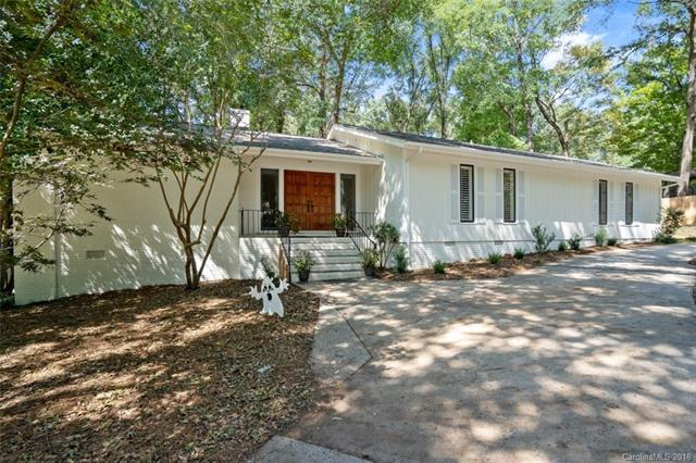 1906 Bobolink Lane, Charlotte, NC 28226 (#3413530) :: Scarlett Real Estate