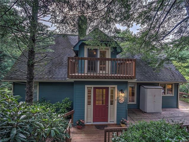 480 Chestnut Walk Drive, Waynesville, NC 28786 (#3413622) :: Puffer Properties
