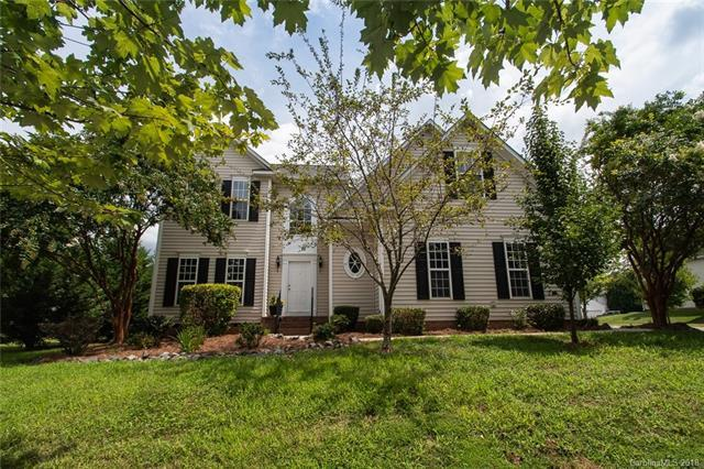 6525 Olmsford Drive, Huntersville, NC 28078 (#3413879) :: Miller Realty Group