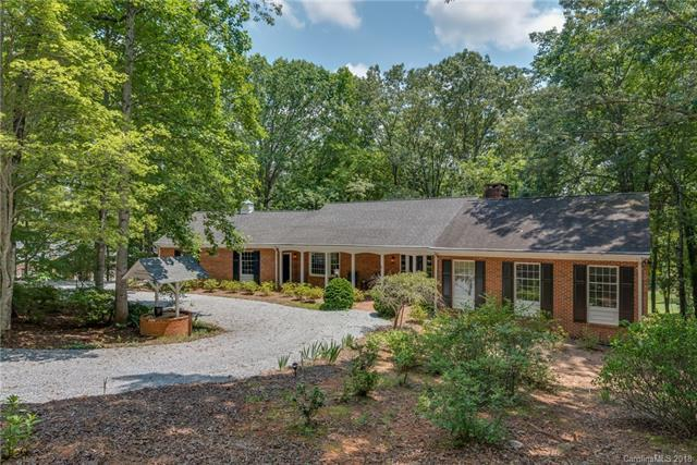 108 Bluebird Lane, Tryon, NC 28782 (#3414040) :: Puffer Properties
