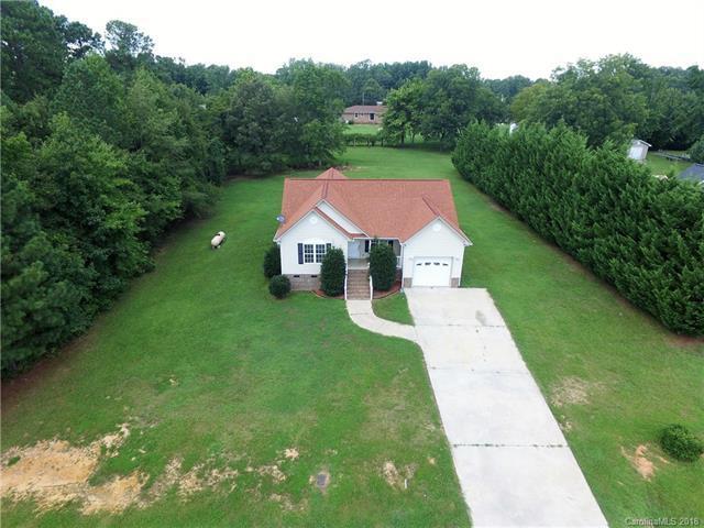 305 Briarcreek Court, Wadesboro, NC 28170 (#3414730) :: Exit Mountain Realty