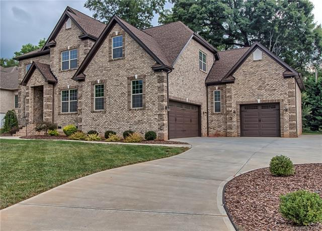 127 Lazenby Drive, Fort Mill, SC 29715 (#3415278) :: Leigh Brown and Associates with RE/MAX Executive Realty