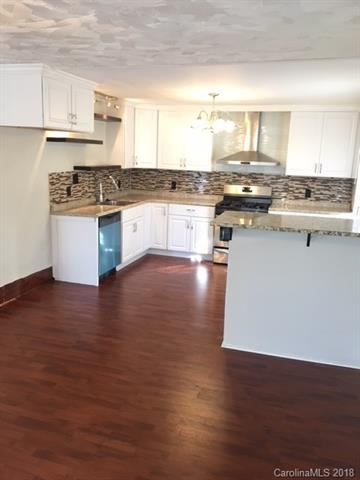1110 Linwood Road, Gastonia, NC 28052 (#3415594) :: Rinehart Realty