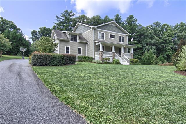 249 Almond Branch Drive, Hendersonville, NC 28791 (#3416863) :: Puffer Properties
