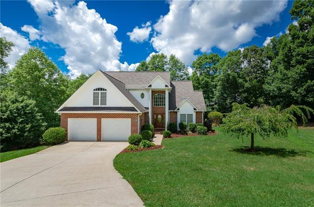 4172 Tuscany Court, Hickory, NC 28602 (#3417210) :: The Elite Group