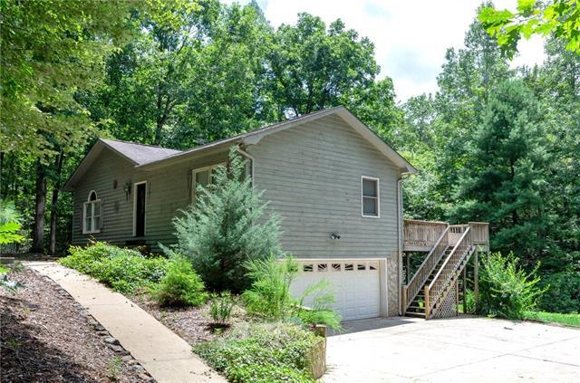 5287 Chestnut Drive, Hickory, NC 28602 (#3417739) :: Exit Mountain Realty