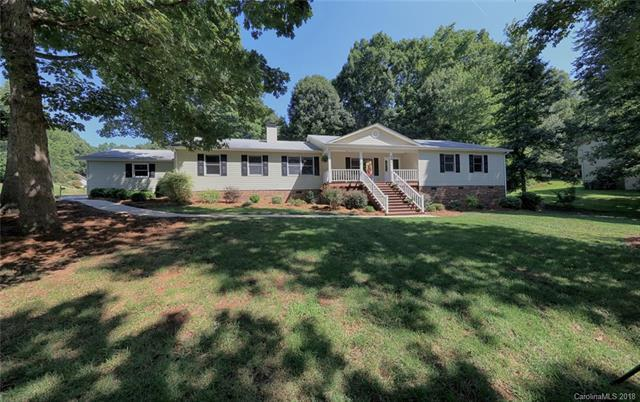7041 Forest Manor Drive, Denver, NC 28037 (#3422602) :: Rinehart Realty