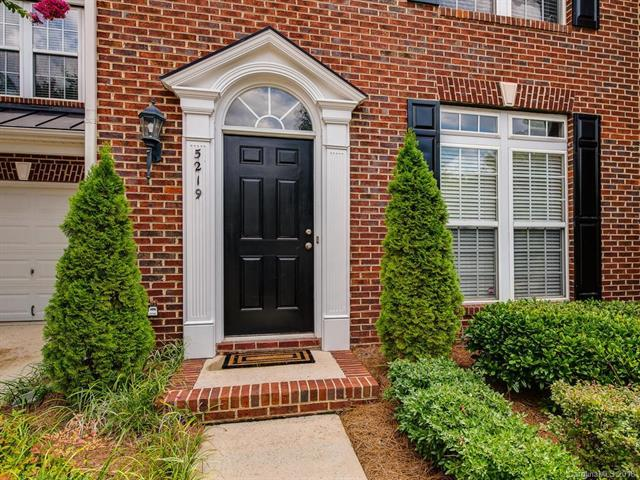 5219 Berkeley View Circle #75, Charlotte, NC 28277 (#3423149) :: RE/MAX Four Seasons Realty