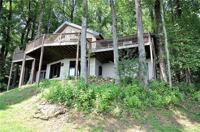 3111 Skyuka Mountain Road, Columbus, NC 28722 (#3424436) :: Puffer Properties