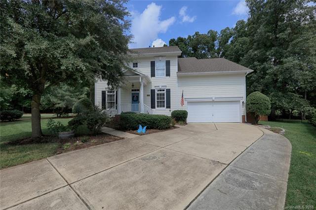 15805 Cordelia Oaks Lane, Huntersville, NC 28078 (#3424727) :: The Sarver Group