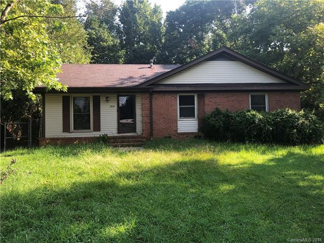 7012 David Avenue, Charlotte, NC 28214 (#3425038) :: Exit Mountain Realty