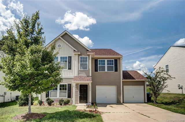5050 Meanna Drive, Clover, SC 29710 (#3425989) :: Charlotte Home Experts