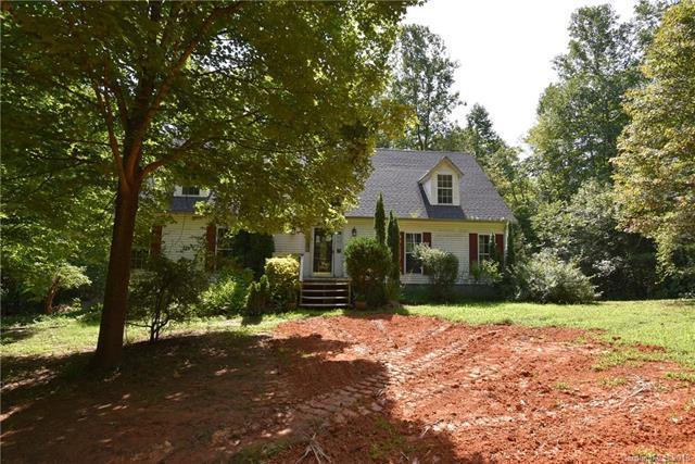 200 Oakridge Road, Stanley, NC 28164 (#3426898) :: Exit Mountain Realty