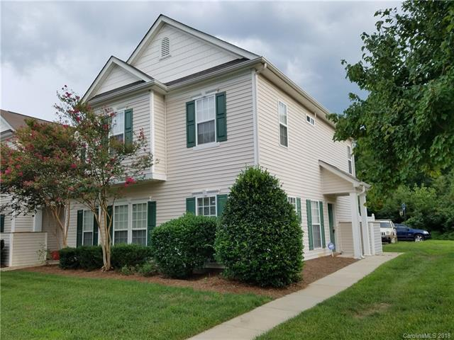 8322 Carob Tree Lane, Charlotte, NC 28215 (#3427401) :: The Temple Team