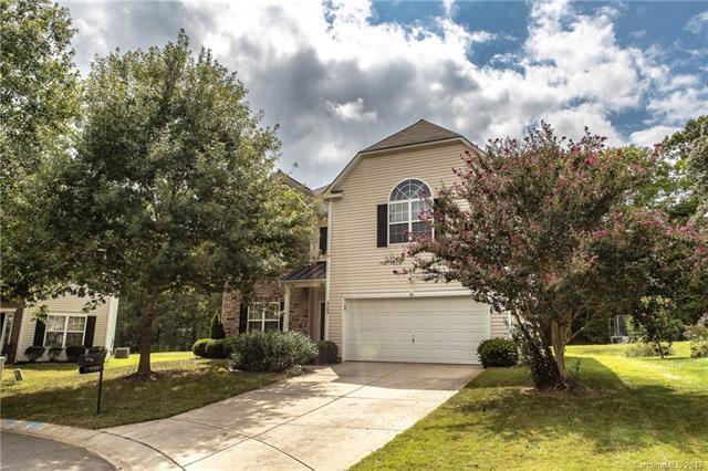5703 Parkstone Drive, Matthews, NC 28104 (#3427667) :: LePage Johnson Realty Group, LLC