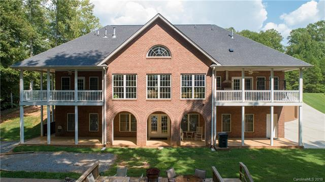 5122 Plantation Ridge Road, Charlotte, NC 28214 (#3428530) :: RE/MAX Four Seasons Realty