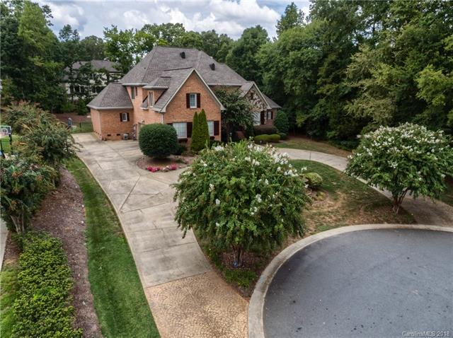 9000 Unbridle Lane, Waxhaw, NC 28173 (#3428847) :: High Performance Real Estate Advisors