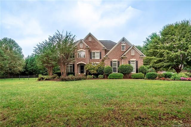 176 West Paces Road, Mooresville, NC 28117 (#3429634) :: Team Southline