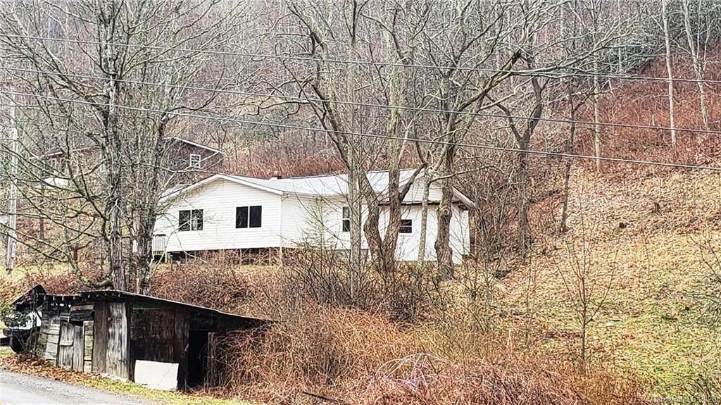 1524 Fox Creek Road - Photo 1