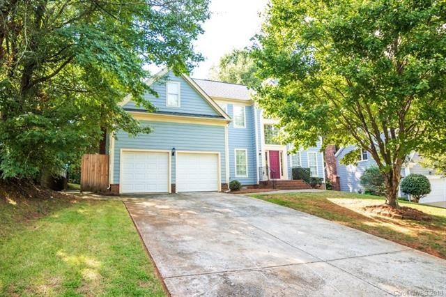 2301 Century Oaks Lane, Charlotte, NC 28262 (#3430526) :: Exit Mountain Realty