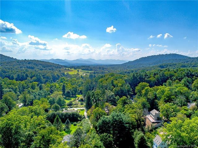 8 Pinecroft Place, Asheville, NC 28804 (#3430527) :: Puffer Properties